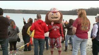 Download Mosquito Lake's Polar Plunge raises $12,000 Video