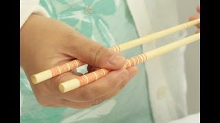 Download How to Hold & Use Chopsticks the Right Way! Video