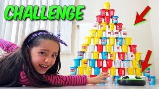 Download Havalı Futbol Diski İle Oyun Hamuru Kulesi Yıkma Yarışması!! Cezalı Challenge Video