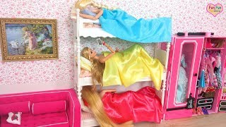 Download Rapunzel Barbie Elsa doll Bunk bed Bedroom Morning Shower boneka Barbie Pagi Rotina de manhã Video