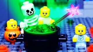 Download LEGO HALLOWEEN - BABY LEGO Stop Motion ANIMATION for Kids Video