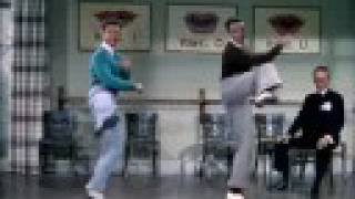 Download Singing In The Rain - Moses Supposes Video