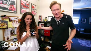 Download Conan Hunts Down His Assistant's Stolen ″Gigolos″ Mug Video
