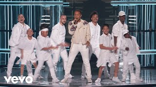Download John Legend - A Good Night (Live at the Billboard Music Awards 2018) Video