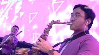 Download Anggur Baru medley Revival (Gerakan Roh Allah) by Michael & Wanda Luhukay Video