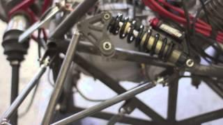 Download Construcción de un coche de carrera estilo fórmula 1 Video