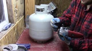 Download Turning a 20 lb Propane Tank into a Wood Stove Video