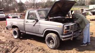 Download JUNKED! 1986 ford f150 4x4 4 speed! Video