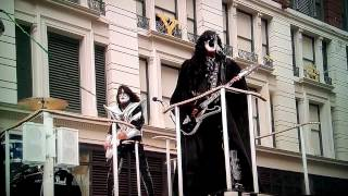 Download KISS - Macy's Thanksgiving Day Parade 2014 Video
