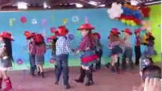 Download Jurien bailando El Raton Vaquero Video