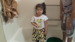 Download REEMA DOES ICE BUCKET CHALLENGE! Video