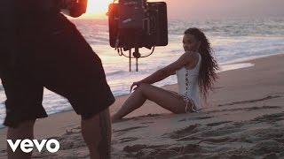 Download Tinashe - Superlove (Behind The Scenes) Video