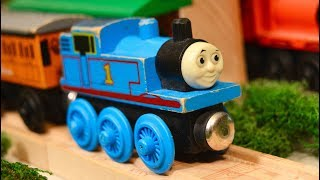 Download Thomas Wooden Railway Toy Train Classics! Video