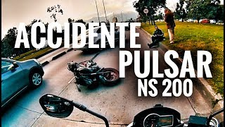 Download ACCIDENTE PULSAR 200 NS | QUE PASA CUANDO NOS CAEMOS | MOTERO EN LA CITY Video
