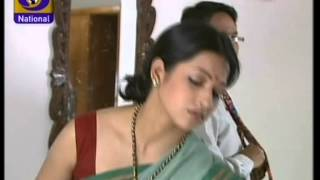 Download Bollywood Serial Artist Very Deep Navel Show Video