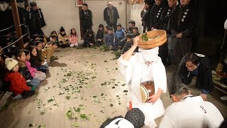 Download 突然の出産ユーモラスに 奈良・六県神社の子出来オンダ Video