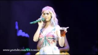 Download Katy Perry burp on the stage!!! Video