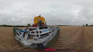 Download A R Cramphorn Vredo slurry application with Bo-Mech boom in 360 Video