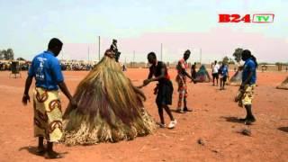 Download FESTIMA : Les mystérieux masques du Bénin Video