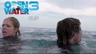 Download Open Water 3 - Cage Dive - Clip ″In mare″ Video