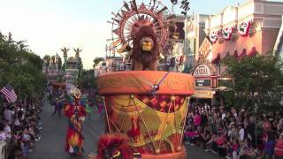 Download Mickey's Soundsational Parade at Disneyland Park featuring drummer Mickey Mouse Video