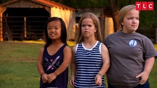 Download Get A First Look At The New Season of 7 Little Johnstons! Video