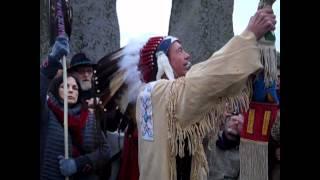 Download Plastic shaman and fake medicine man at Stonehenge Spring (Vernal) Equinox 2012 Video