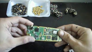 Download How to Scrap old Cell Phones for *Gold Recovery Video