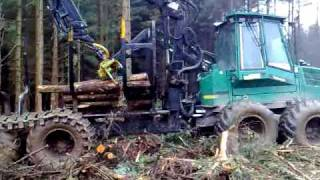 Download Timberjack 1270C and 1110C working in Scotland Video