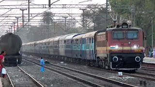 Download Pune - Howrah Azad Hind Express crossing Hadapsar at an bourgeon pace Video