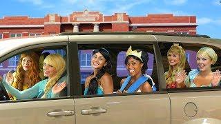 Download DISNEY PRINCESS CARPOOL RIDE. Tiana Turns into a Frog, with Elsa, Belle, Jasmine, Cinderella, Aurora Video