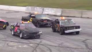 Download Figure 8 Racing at Oxford Plains Speedway Video