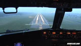 Download Boeing 737 cockpit landing Video