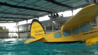 Download Video: Indoor-Wasserflug in Wuppertal Video