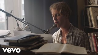 Download Tom Odell - Half As Good As You ft. Alice Merton Video