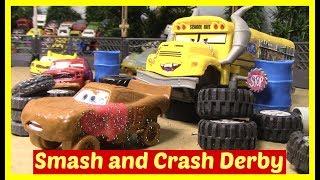 Download Disney Cars Smash and Crash Derby McQueen Cruz Ramirez Miss Fritter Cars 3 Toys Lightning McQueen Video