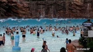 Download [HD] Impressive Wave Pool - Huge Tidal Waves at Disney's Typhoon Lagoon Video