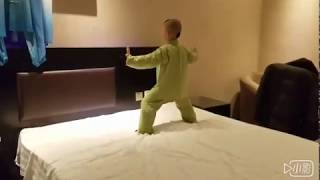 Download 3 Year Old kid performs Taichi 3岁的太极娃 Video
