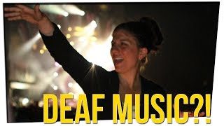 Download Sign Language Interpreter Goes Crazy at Snoop Dogg Show! ft. Anthony Lee & Megan Batoon Video