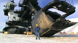 Download COOLEST QUARRY MACHINES AT WORK Video
