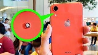 Download هل تعلم ما هو سر الثقب الموجود بجانب كاميرا الايفون ! Video