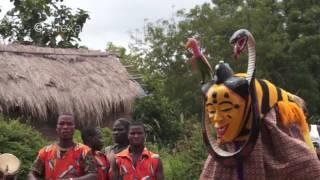 Download La Danse Zaouli - The Zaouli Dance - Voyage en Côte d'Ivoire Episode 2 Video