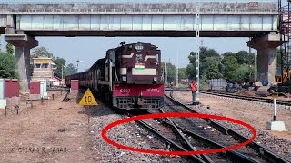 Download CONSPICUOS FOOTAGE ! ONE OF THE RARE DIAMOND CROSSING OF INDIAN RAILWAYS Video