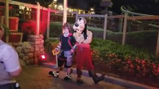 Download 【Disney World】Sora face character meet and greets!【Kingdom Hearts】 Video
