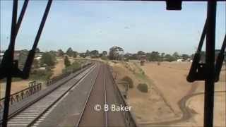 Download A seriously ″oh crap″ moment : Australian Railways Video