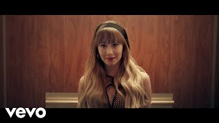 Download Aitana - Nada Sale Mal Video