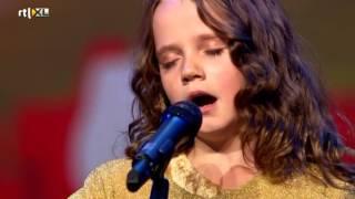 Download Amira (9) verbijstert iedereen met opera - HOLLAND'S GOT TALENT Video