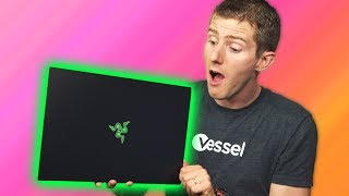 Download Did Razer screw up?? - Blade 2018 Classic Unboxing Video