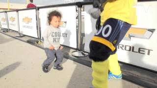 Download This clip of Cozmo dancing with Gyasi's son Gyan is the best thing you'll see all weekend Video