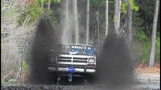 Download FULL NELSON MEGA TRUCK.... DODGE RAM CHARGER ... A$$ WHIPPIN' the MUD BOG...@ The highlands Video